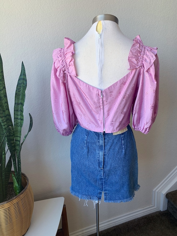 Late 70s Upcycled Vintage   Lilac Ruffle Shoulder… - image 7
