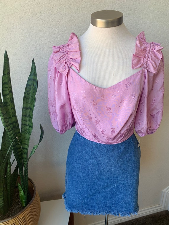 Late 70s Upcycled Vintage   Lilac Ruffle Shoulder… - image 3