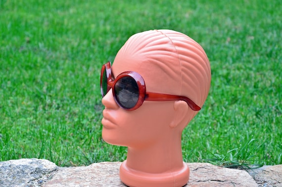 Sunglasses, Red sunglasses, Retro sunglasses, Vin… - image 2