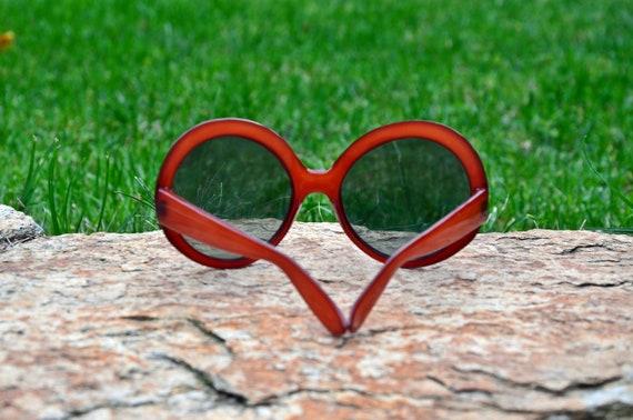 Sunglasses, Red sunglasses, Retro sunglasses, Vin… - image 5