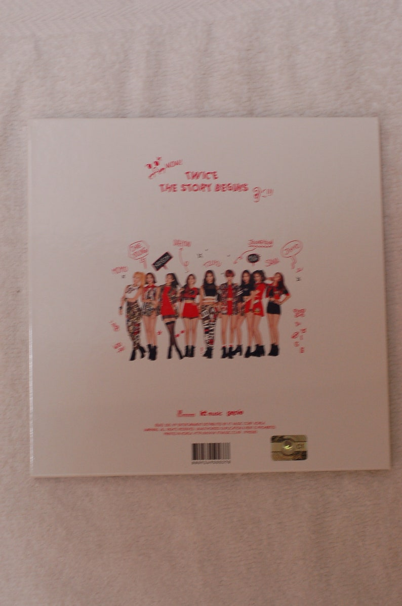 TWICE the story begins album