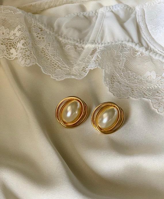 Vintage Faux Pearl Earrings - image 2