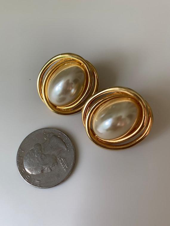 Vintage Faux Pearl Earrings - image 4