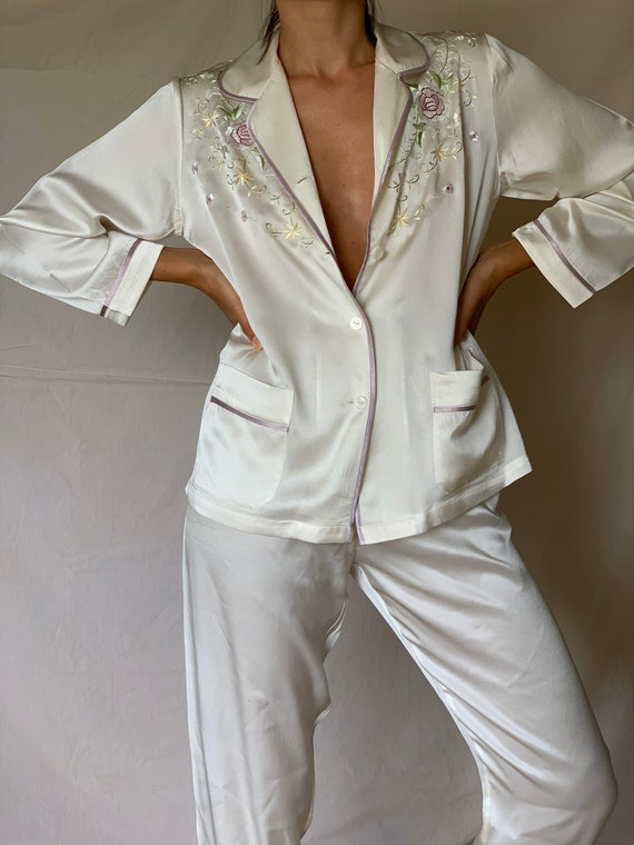 Vintage Pure Silk Beautiful Embroidered Two Pieces