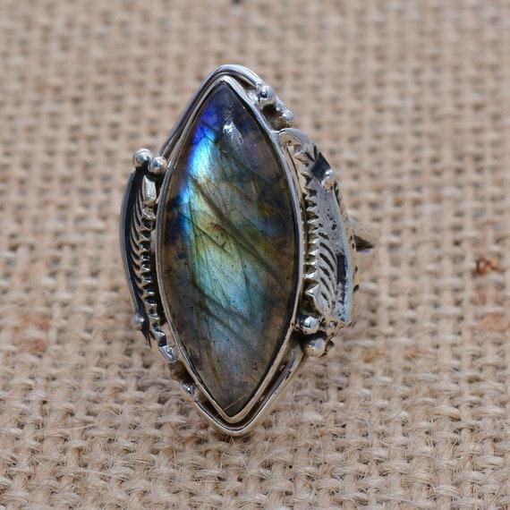 quality labradorite ring*gemstone ring*sterling silver ring*silver gemstone ring*handmade ring*natural labradorite ring A