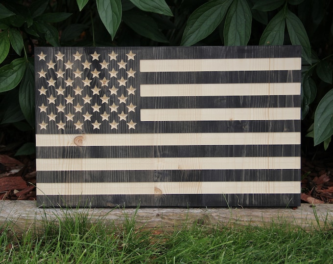 American Flag - Wooden - USA - CNC - Engraved