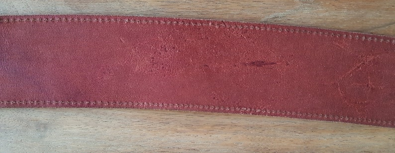vintage 80s 90s belt  red leather in Escada Moschino style size 80