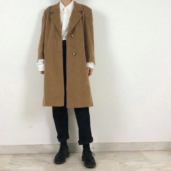 Men's vintage camel coat