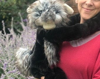 Otis the Slobbit – extra-large adult hand puppet made with super posh faux fur