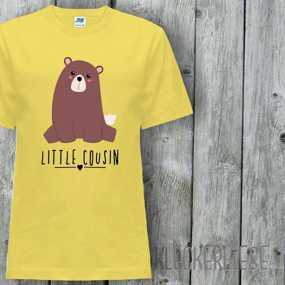 "Kleckerliese Baby Kids T-Shirt ""Little Cousin"" Animal Motifs Bear Short Sleeve Sayings Boys Girl Shirt Nicki with Print Motif"