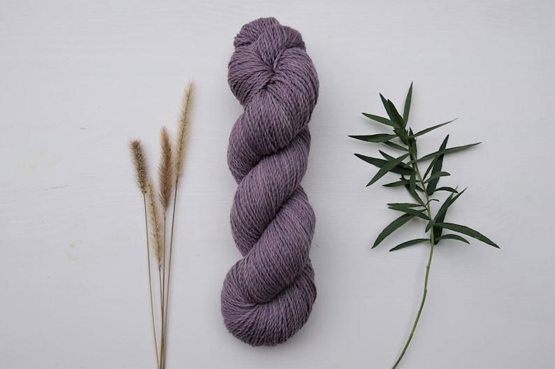 naturally dyed Sockyarn organic wool plastic free non-superwash Luster Sock DK Viola 100g