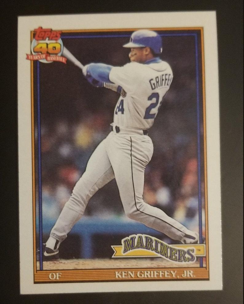 91 Ken Griffey Jr Topps Baseball Card