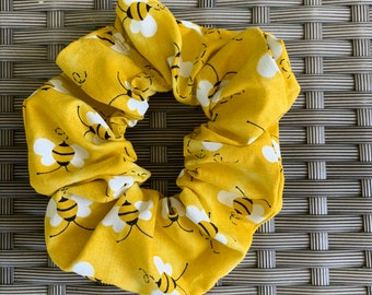 Busy Bee Scrunchie
