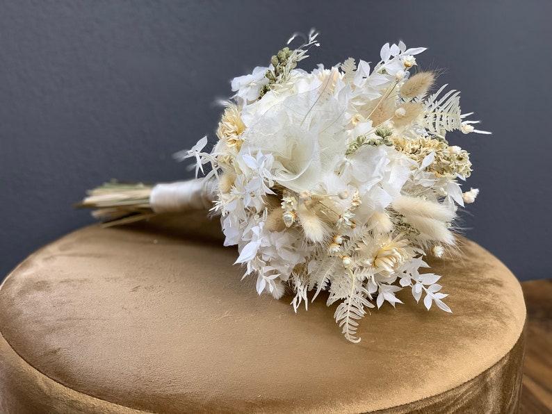 Brautstrauß aus Trockenblumen | weiß, creme