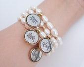 Mom Charm Bracelet - Aunt Charm Bracelet - Sister Charm Bracelet - Grandma Charm Bracelet - Freshwater Pearl