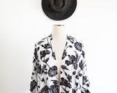 Black & White Floral Kimono, Dark Florals, Bohemian Apparel, Beach Cover Up, Boho Style, Womens Clothing, Fall Accessories