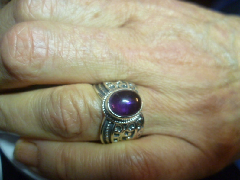 Amethyst Studded Jeweler Ring Silver Solid 925 Vintage 1970s Ring Rail in Ottoman Style!!