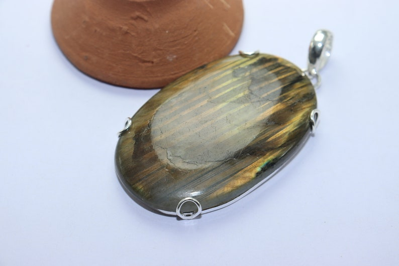 Beautiful Labradroite stone handmade silver plated pendant