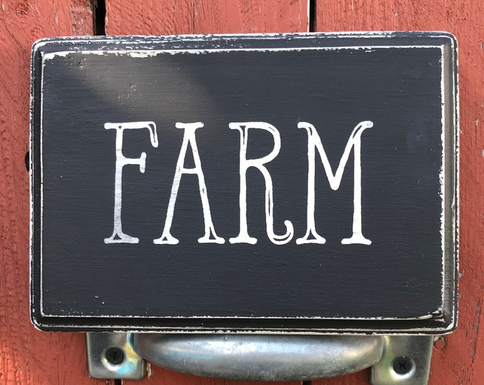 Wooden Vintage Look Farm Sign