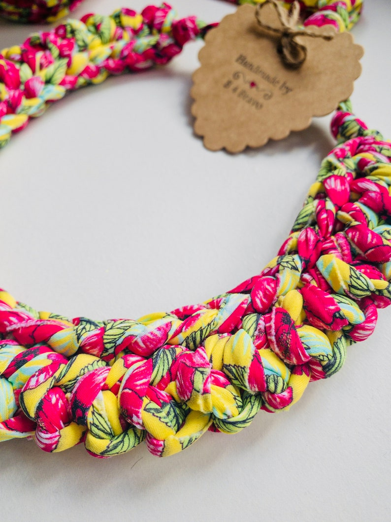 Tshirt Yarn Hand Knit Necklace Multicolor Crochet Necklace Fabric Jewelry Hippie Jewelry CHUNKY KNIT NECKLACE