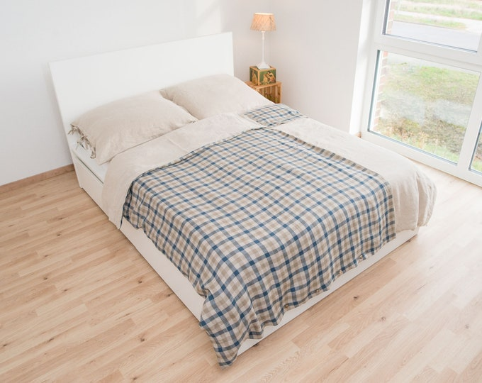 Linen bed clothes in natural, blue stripes stonewashed