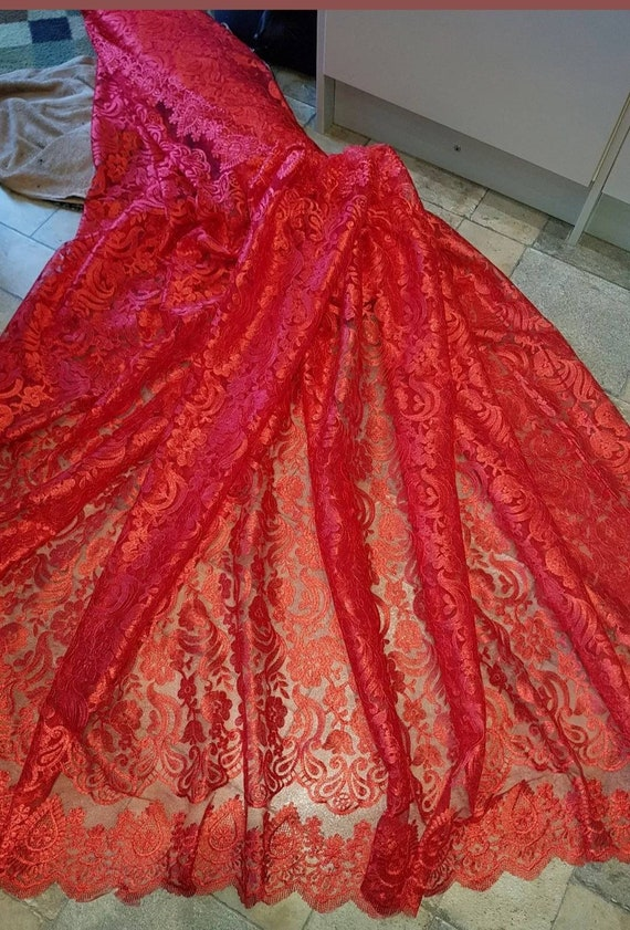 "1M BRIDAL red//black//white SCALLOPED LACE EMBRIOUDED  FABRIC 58/"" WIDE"