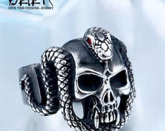42664a793a45b Platinum skull ring | Etsy
