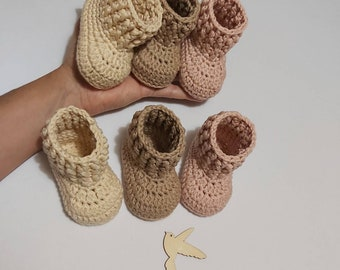 Handmade Crocheted Baby Booties. 100 %Cotton. Babyshower, pregnancy announcement, photo props. 0-3 months old up to 9-12 months old.