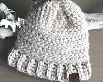 MOLLY Kids Toque, Crochet Kids Toque, Crochet Beanie, Warm Chunky Beanie, Girl's Toque, Toddler's Toque, Winter Hat