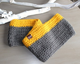 LUCY Kids Infinity Scarf, Girl's Infinity Scarf, Boy's Infinity Scarf, Crochet Kids Scarf, Winter Scarf, Grey and Mustard Circle Scarf