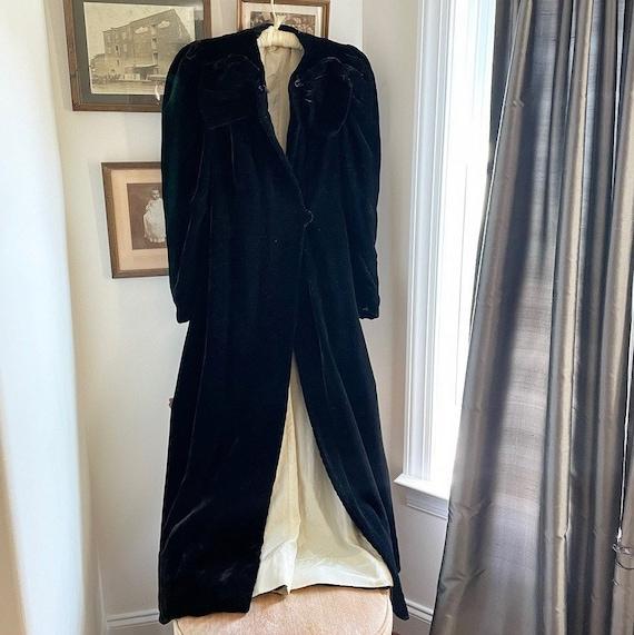 1930s Silk Velvet Opera Coat