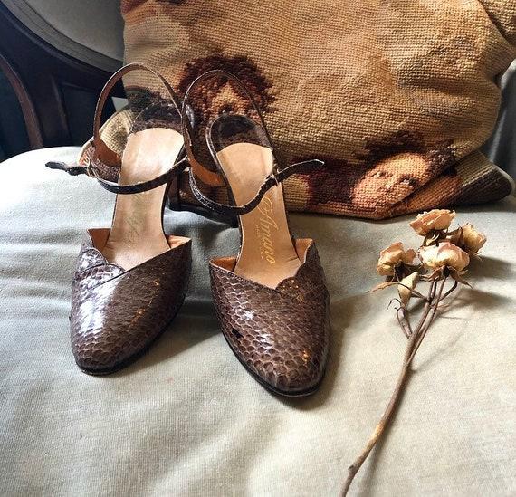 Genuine Snakeskin 1950s Heels