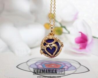 Angel caller unconditional love Gold-plated, dark violet.