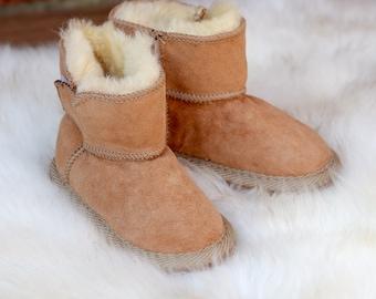 Kids Boys Girls Slippers Handmade Sheepskin BootsHausschuhe Kapcie Warm Cozy Hard Sole 1-3 years Real Wool Warm Cozy Hard Sole UK SELLER