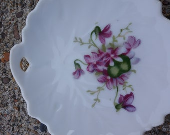 White and Gold Trim Ash Tray Floral Spoon Rest Home Decor 4 Ring Dish Violets Small Ring Dish Featuring Violets in Purple