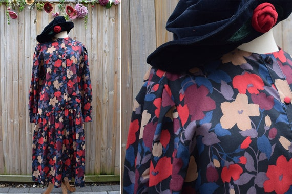 Liberty of London Wool 1930s Style Floral Winter D