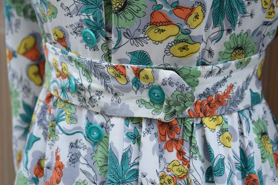 1940s Floral Tropical Print Housecoat - image 4