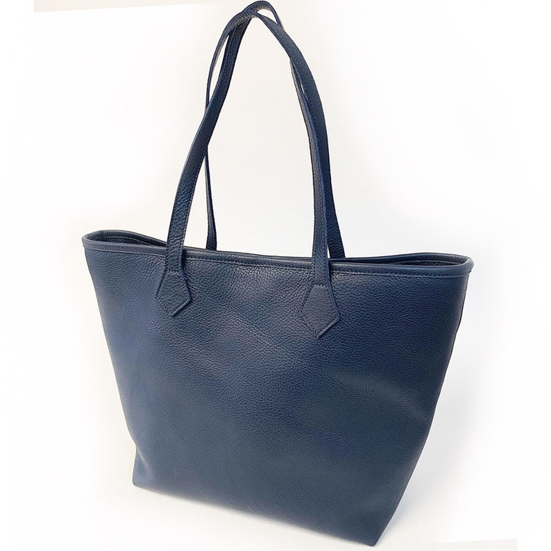 Alondra Tote  END of SUMMER SALE 30% Off Navy Pebble