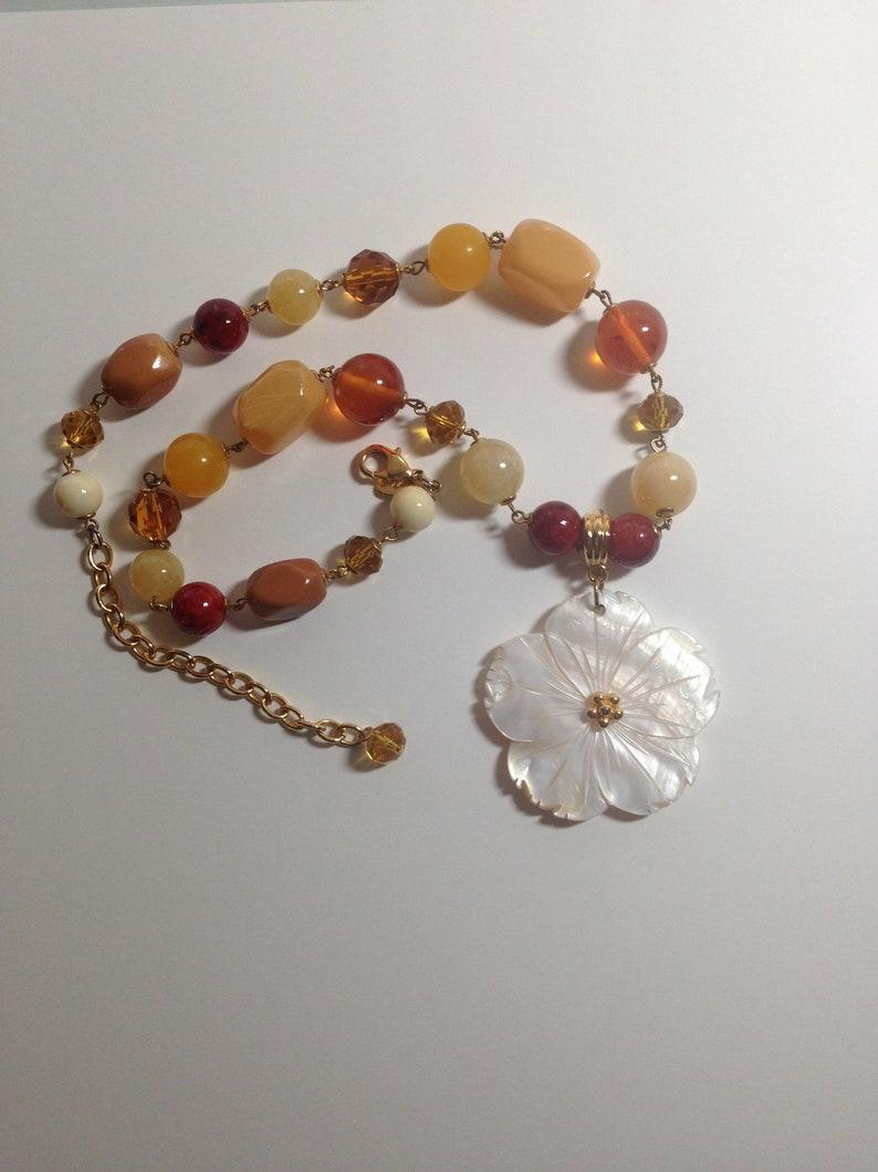 Vintage Joan Rivers Amber Color /& Butterscotch Color Bead Necklace Floral Shell Necklace Pendant Beaded Necklace by Joan Rivers