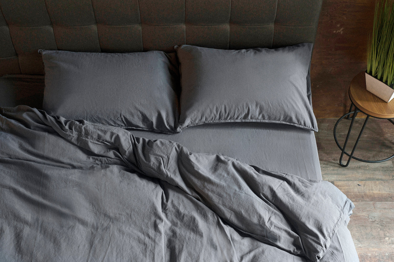 Grey Bedding Set 4 pcs: 1 duvet Cover ' 1 Feuille ajustée ' 2 caisses d'oreiller, coton lavé en pierre, linge de lit gris