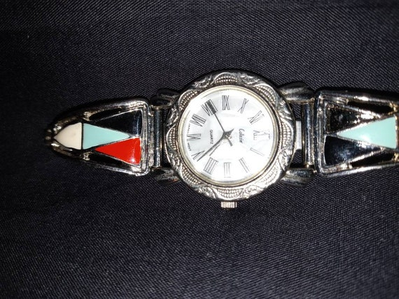 Ladies Turquoise Oyster Pearl Face Watch
