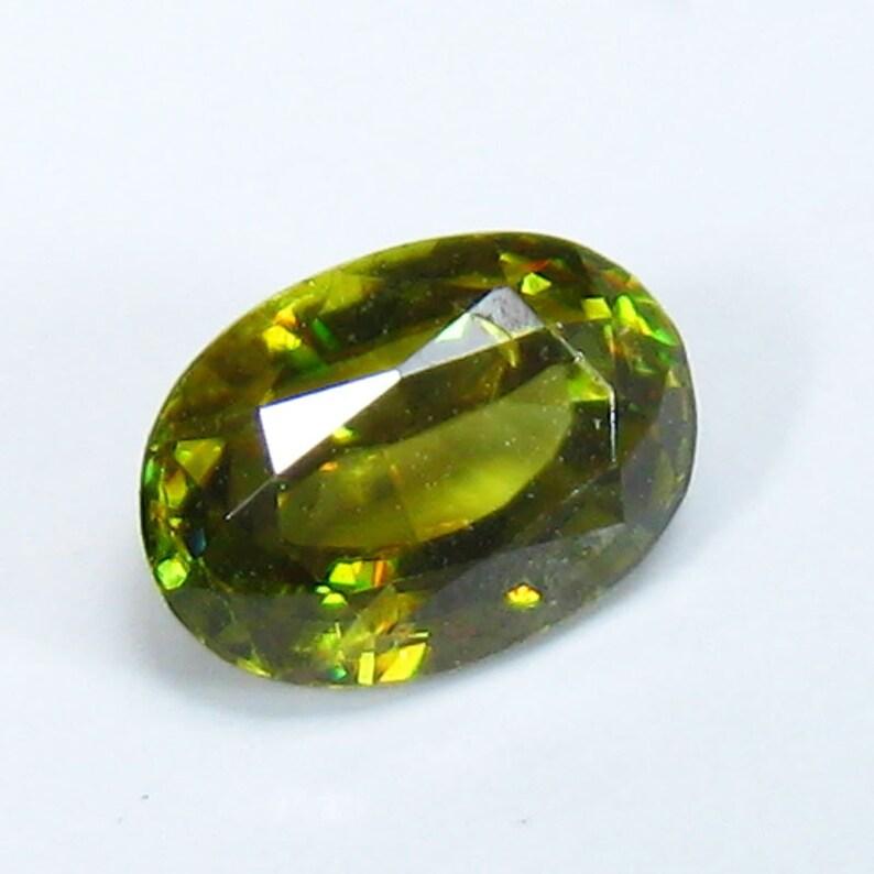 Sparkling Natural Greenish Yellow Diamond Lusters Natural Sphene 0.83Ct