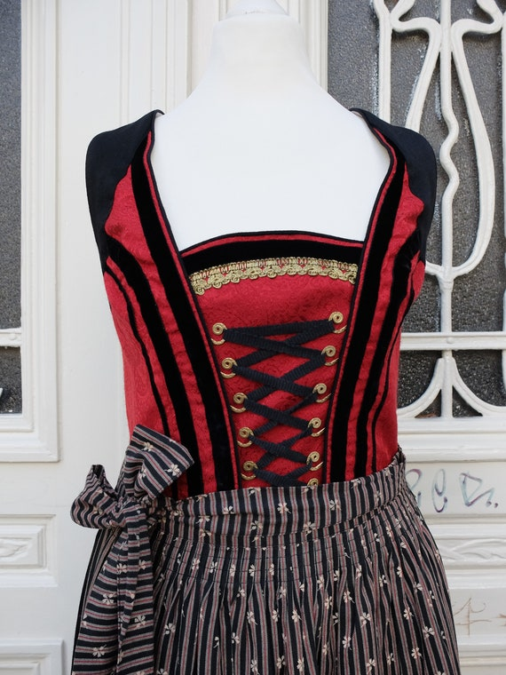 Dirndl with apron, vintage dirndl, red black, size