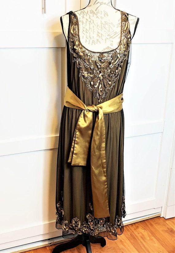 1986 replica of 1920 dress