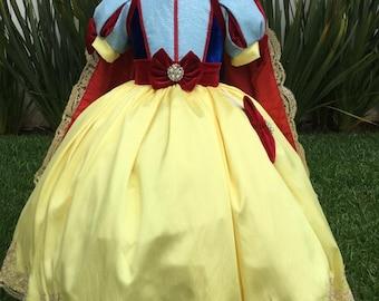 Luxury Snow White Dress/ Elegant Snow White Dress/ Blanca Nieves