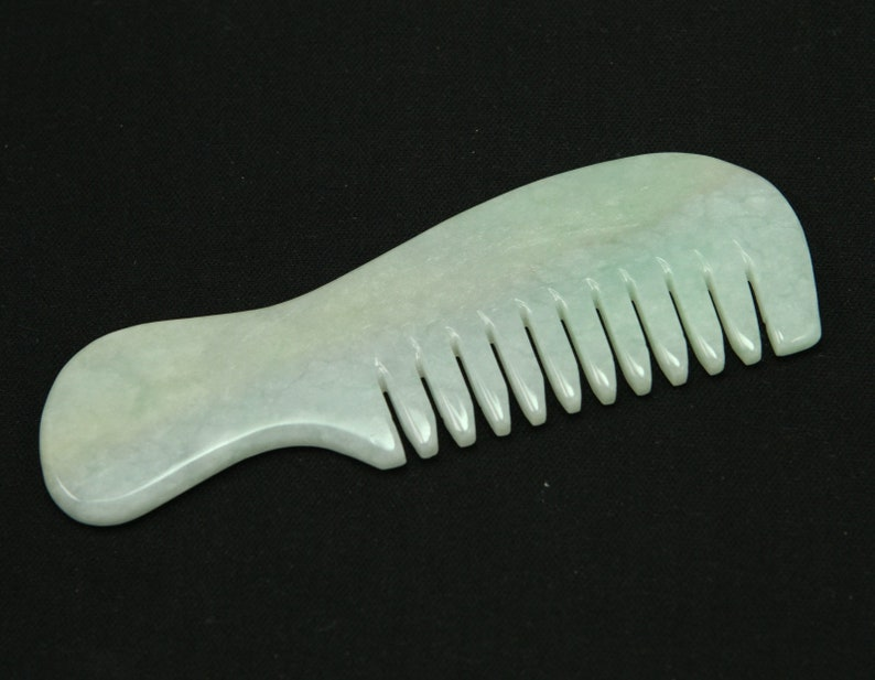 Glossy Green Healthy Comb Burma Natural Jadeite Jade Pendant