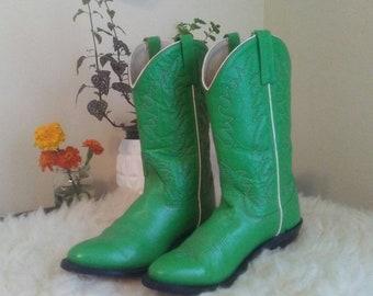 737a7561bc2 Green cowboy boots   Etsy