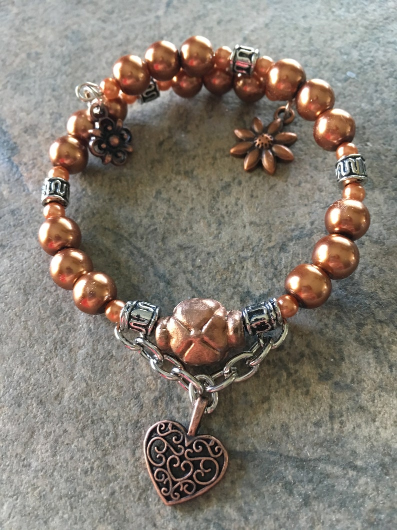 Focal Bead With Chain One Loop Memory Wire Bracelet