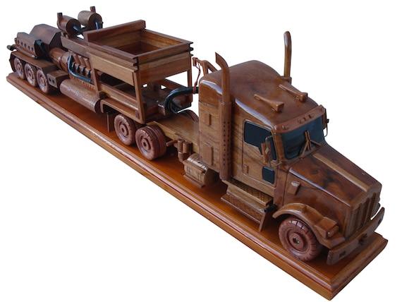 Custom log truck Mahogany Wood Desktop Model