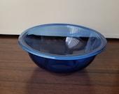 Vintage 1.5L Pyrex cobalt blue mixing nesting bowl 323